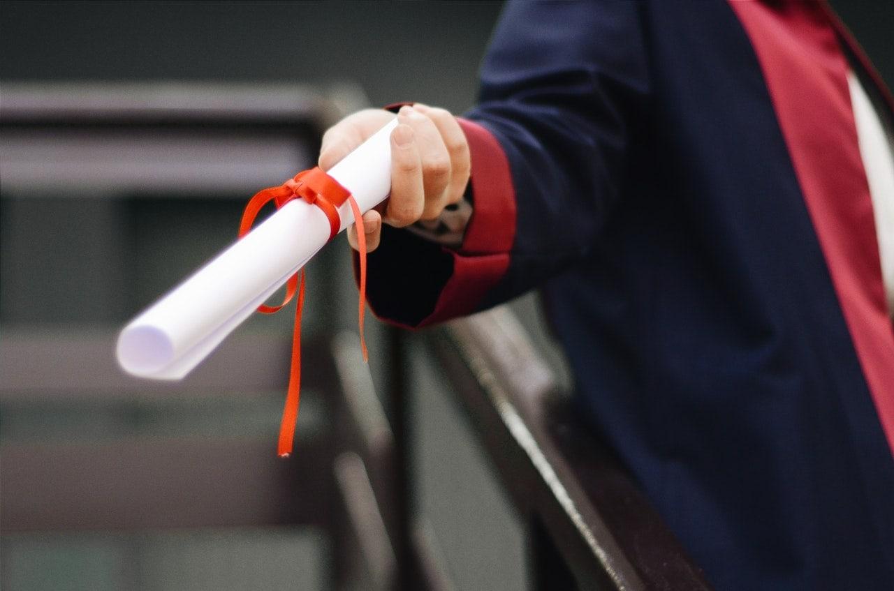 cara penulisan gelar sarjana